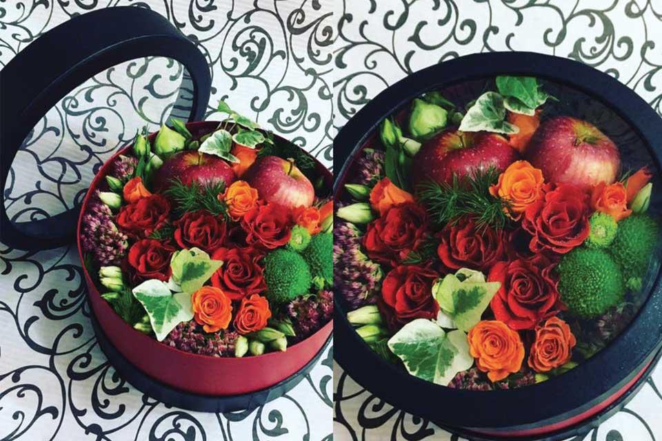Цветы и подарки в красивых коробках