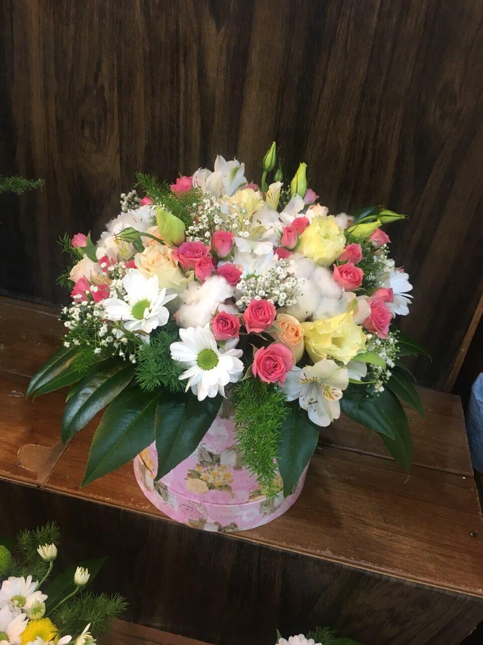 Цветы-в-коробках-15