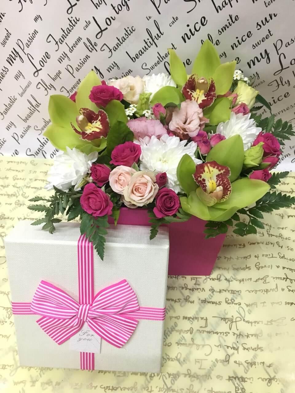 Цветы-в-коробках-16