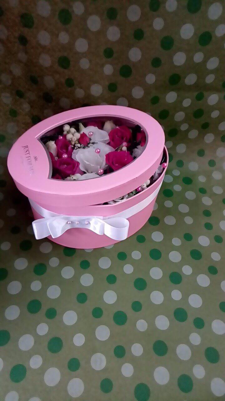 Цветы-в-коробках-7