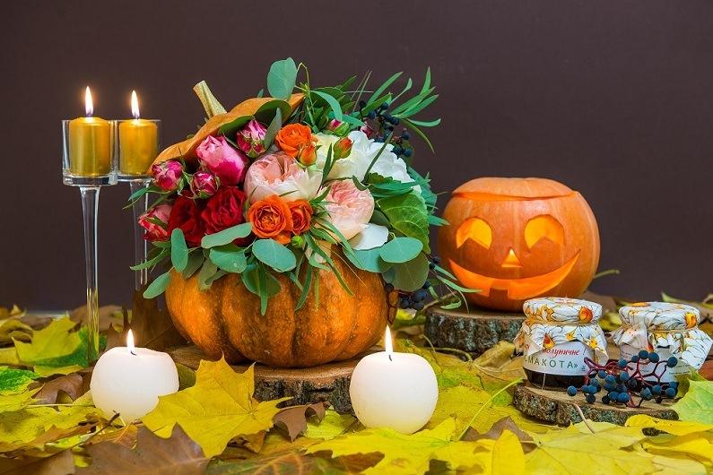 Флористический декор на Хэллоуин - атмосфера праздника.